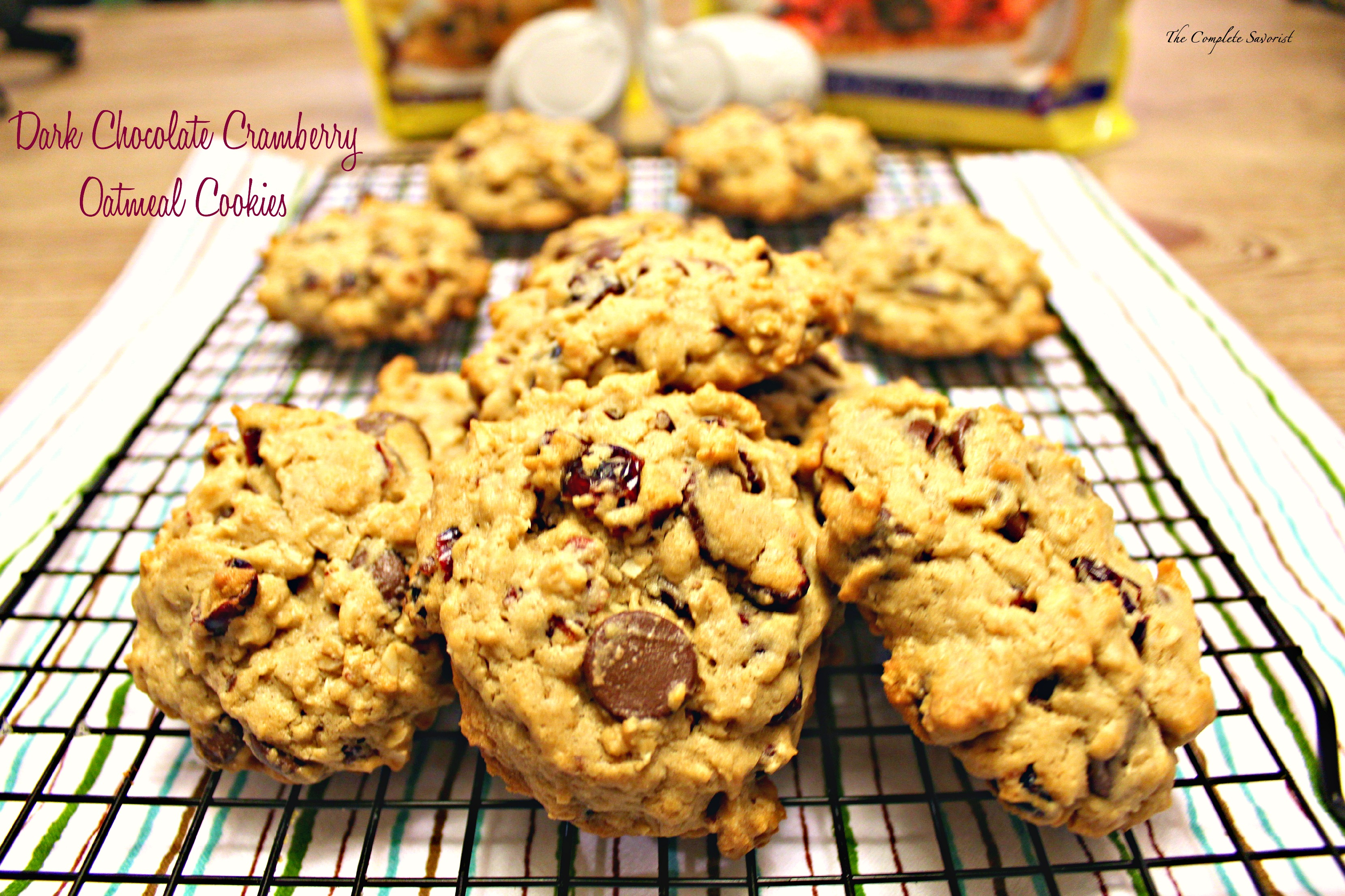 Dark Chocolate Cranberry Oatmeal Cookies ~ Oatmeal cookies baked using ...