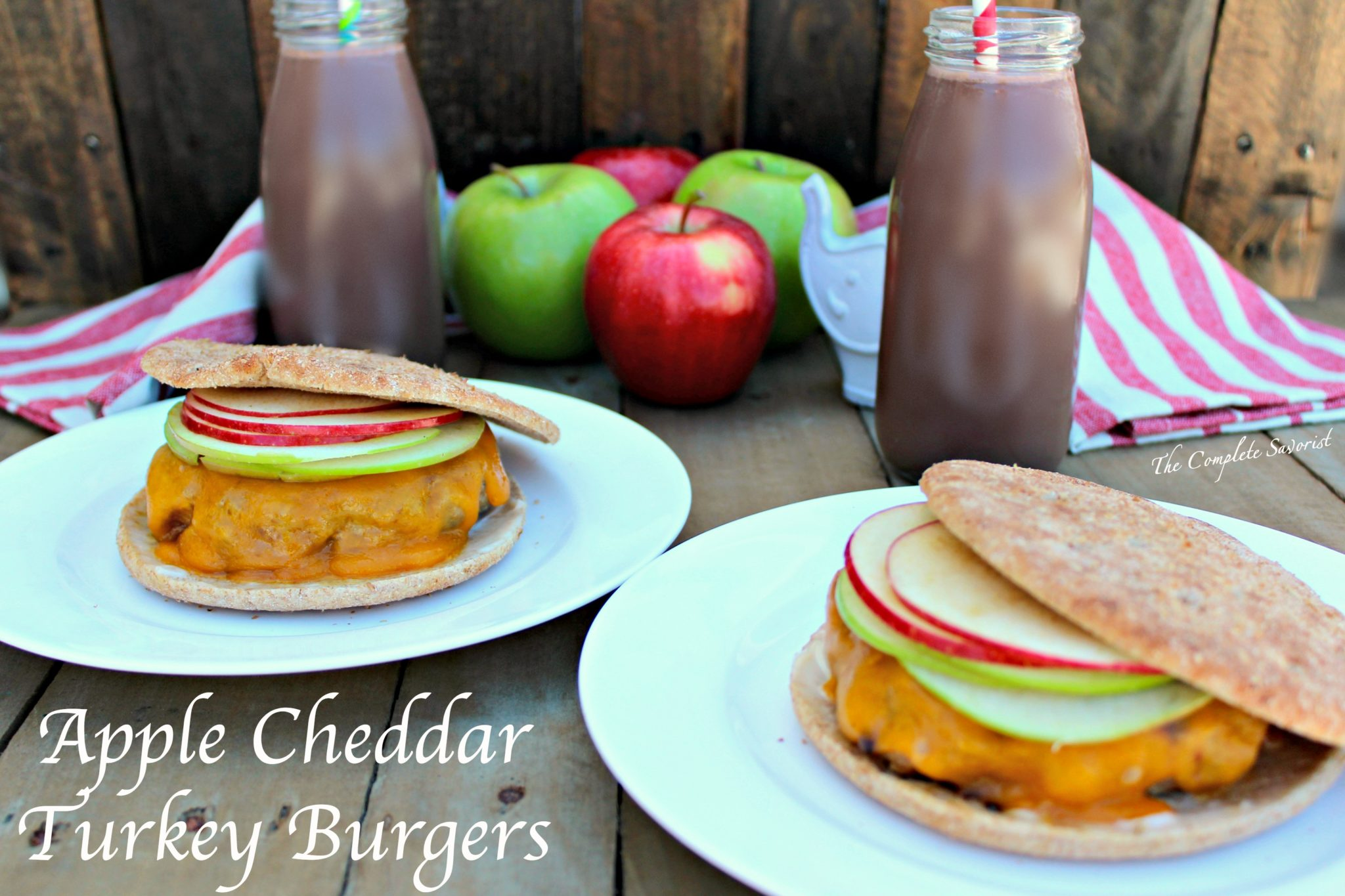 Apple Cheddar Turkey Burgers ~ Deliciously sage-seasoned ground turkey ...